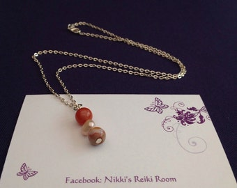Agate and pearl silver plated chain necklace