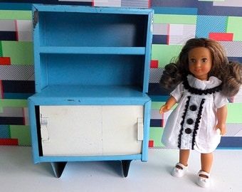 """1950s RETRO MID CENTURY, Handmade Metal Cabinet with Sliding Doors in Blue and White - perfect for Mini American Girl and other 7""""-9"""" dolls"""