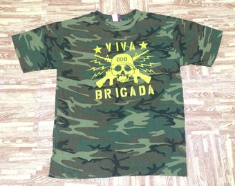 Rare mint vintage 90s camouflage viva brigada DOG PILE t shirt punk large size made in usa