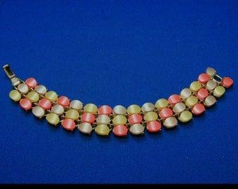 Vintage Fruit Salad Moonglow Lucite Orange Beige Yellow Thermoset Bracelet