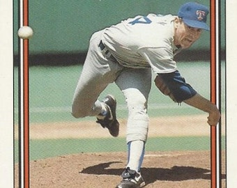 1992 Topps NOLAN RYAN Hall of Fame Texas RANGERS Record Breaker original vintage baseball card number 4
