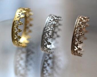 Une couronne pour une reine. Bague en vermeil, 22k plaqué or. Bague couronne