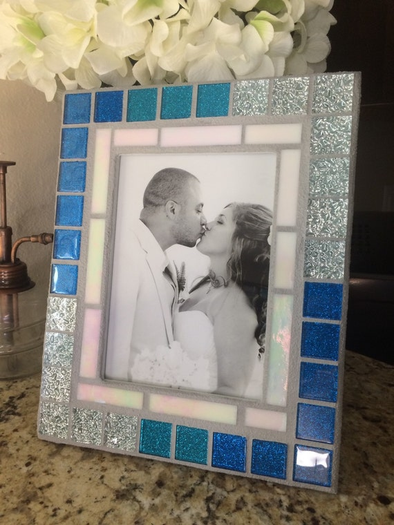 stained glass mosaic picture frame turquoise by blueoceanglass. Black Bedroom Furniture Sets. Home Design Ideas
