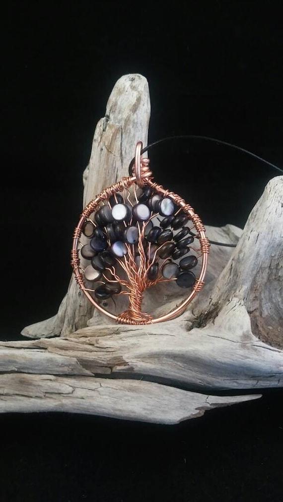 Copper WireWrap Tree of life River Shell Black comes with adjustable leather cord - Arbol de la vida collar en cobre