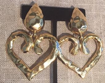 Vintage Les Bernard Hammered Gold plated heart dangle earrings.