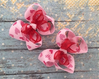 Valentine hair bows-set of two valentine flower hair bows- matching valentine hair bows-valentine pig tail hair bows-red white pink hair bow
