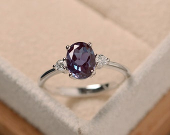 Oval alexandrite ring, silver, alexandrite jewelry, gemstone ring