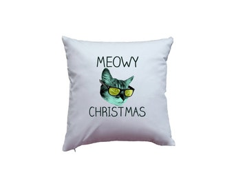 Cute Holiday Meowy Christmas Pun Xmas Kitty Cat Home Décor Pillow Cover