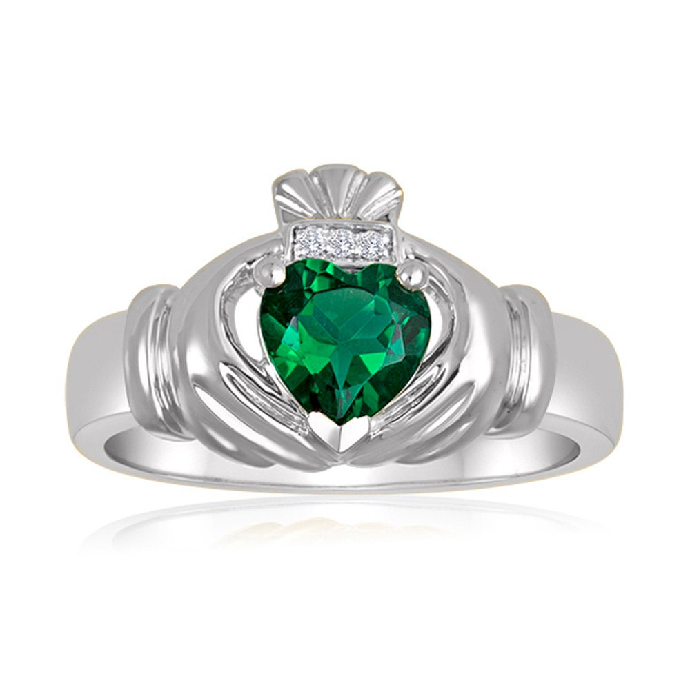 emerald engagement claddagh ring mens 7x7 emerald
