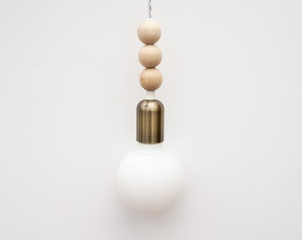 -DIY ex-hand lamp with wooden and brass