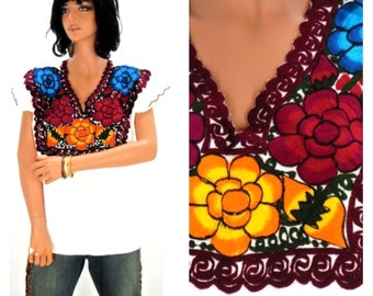 Mexican tunic top, size S / M, vintage embroidered, Oaxacan blouse, ethnic, boho, hippie, festival, SunnyBoho