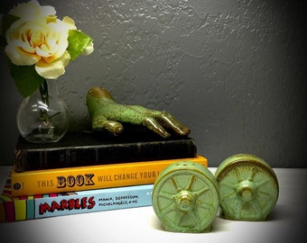 vintage Frankoma Pottery wagon wheel salt and pepper shakers ada clay mint condition prarie green