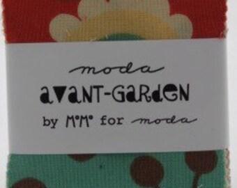Avant-Garden mini charm by MoMo for Moda