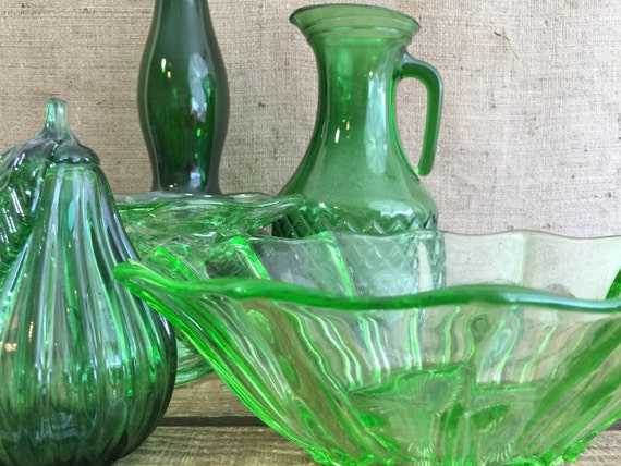 Assorted Green Retro Vintage Pressed Glass / Decorative Retro Glassware / Green Depression Glass / Anchor Hocking Glass / Mid Century Glass