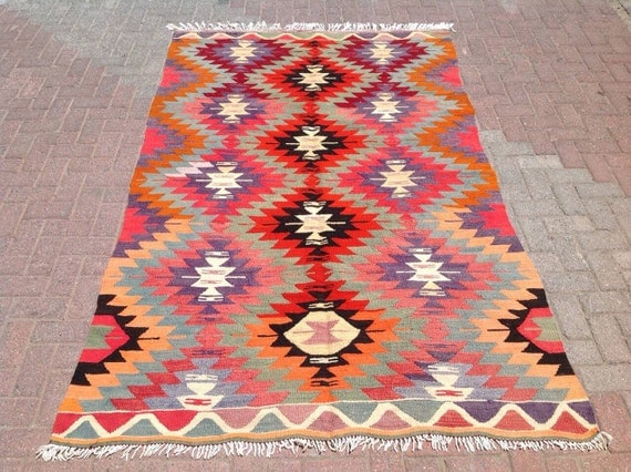 "8'5"" x 5'2"" Kilim rug, Vintage Turkish kilim rug, kilim rug, rug, vintage rug, bohemian rug, Turkish rug, rug, light purple"