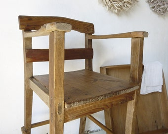 Rustic antique children's chair, high chair, handmade, without screws and nails....CHARMANT!