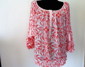Red White Blouse, Red and White top, Convertible Sleeve, Plus Size Top, H M Label of Graded Goods, Peasant Blouse, Size XL