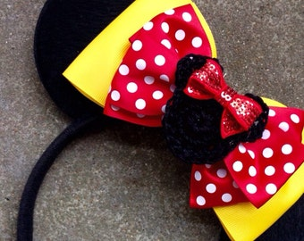 Traditional Minnie inspired mouse ears