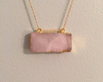 White Block Stone Long Gold