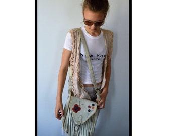 Vintage Suede Cross Body Handbag, Ivory Leather Handbag, 1970s Handbag, Boho Handbag, Vintage Handbag