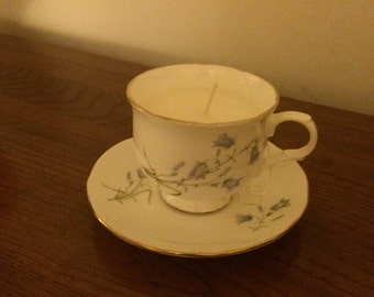 Sadler Scented candle in teacup