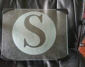 Monogram glass cutting board, last initial etched cutting board, etched glass cutting board, monogrammed etched glass cutting board