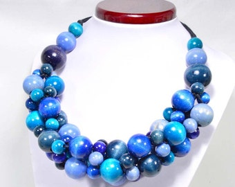 Jeans necklace wooden beads
