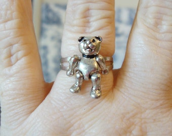 Sterling Silver Vintage Movable Teddy Bear Ring, Size 6.