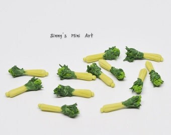 1:12 A Set (6 PC) of Miniature Celery/ Dollhouse miniature Vegetable/ Miniature food P 021