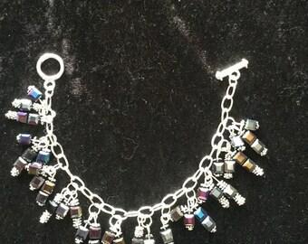 Glass cube beaded bracelet