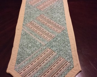 Table Runner (69 1/2 X 15)
