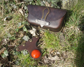 Possibles pouch / saddle bag, handlebar bag, hand crafted, veg tan leather, wet formed, bike / bushcraft / festivals