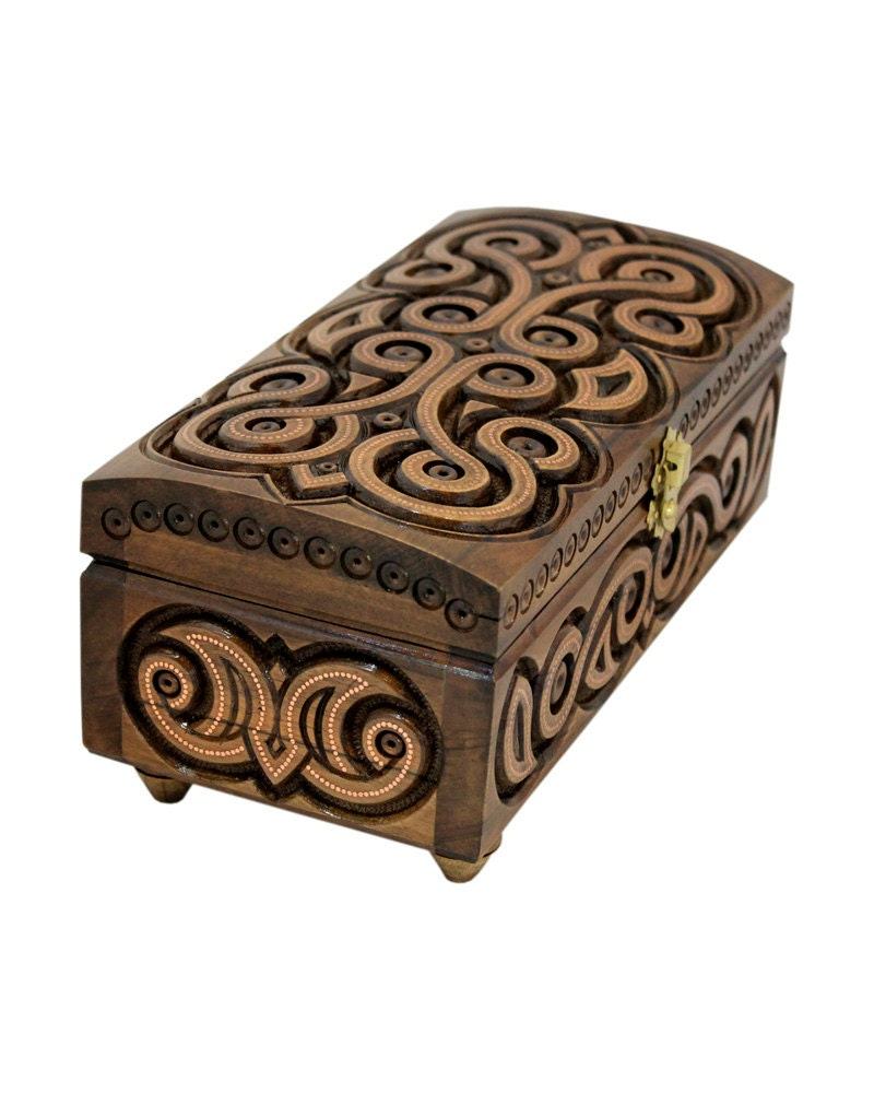 Wooden box carved wooden jewelry box handmade small wooden box for Handmade wooden jewelry box