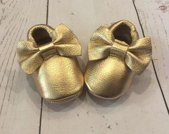 Leather Bow Moccasins!! (FREE SHIPPING)