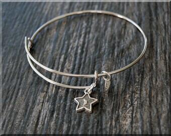 Silver Star Charm Expandable Bangle Bracelet, Adjustable Bangle Bracelet, Stacking Charm Bracelet, Star Charm Bangle, Charm Bracelet