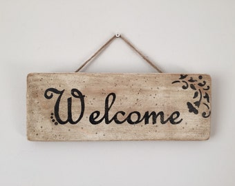 Handmade distressed and aged Welcome sign plaque with floral design - perfect Christmas or Birthday gift