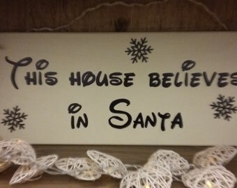 Christmas Wall Plaque - This House Believes in Santa