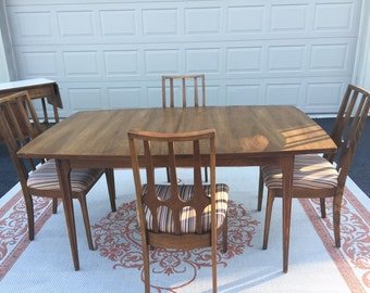 SALEREDUCEDfrom 169900 Broyhill Brasilia Dining Set Or Purchase Separately Shipping