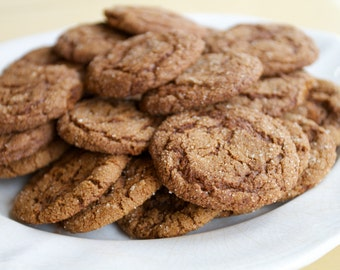 Homemade Gourmet Soft and Chewy Ginger Molasses Crinkle Cookies
