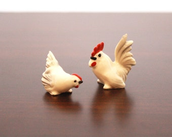 Vintage Miniature Chicken and Rooster Figurines Set of 2 // Vintage Chicken Hen Rooster Farm Animal Figurines Animal Miniatures