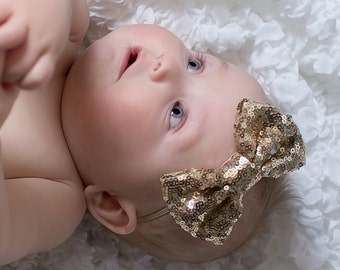 Headband Gold sequin Bow.Sequin sparkly ..little girl gold sparkle headband..photo prop headband.elegant bow headband.girl headband