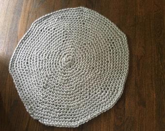 Chuncky grey rug