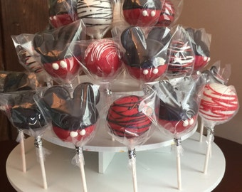 Mickey Mouse / Minnie Mouse cake pops