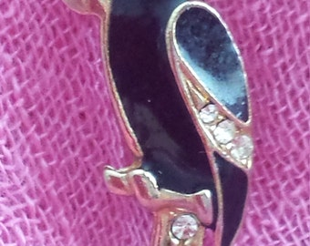 Vintage Parrot Brooch, black parrot brooch, black brooch, parrot brooch, black enamel brooch, clothes decor,  lapel pin, gift for her,
