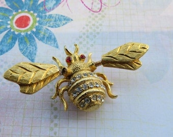 Vintage Bumble Bee Rhinestone Tremble Brooch