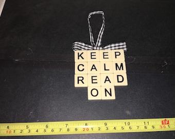Keep Calm Read On Ornament