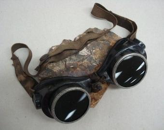 Vintage Willson-National Bakelite Welding Goggles