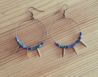Multicoloured hoops, style ancient Egypt