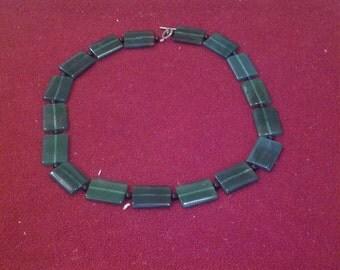"14"" Green Bib Necklace"