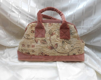 Carpet Bag Large Beige and Pink Chenille and Velvet. Mary Poppins. Gladstone. Brand New